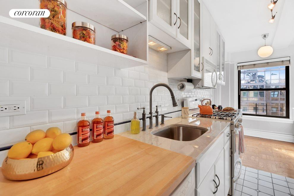 New York City Real Estate | View 230 West End Avenue, #17EF | room 2