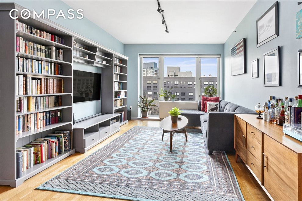 New York City Real Estate | View Washington Avenue | room 1