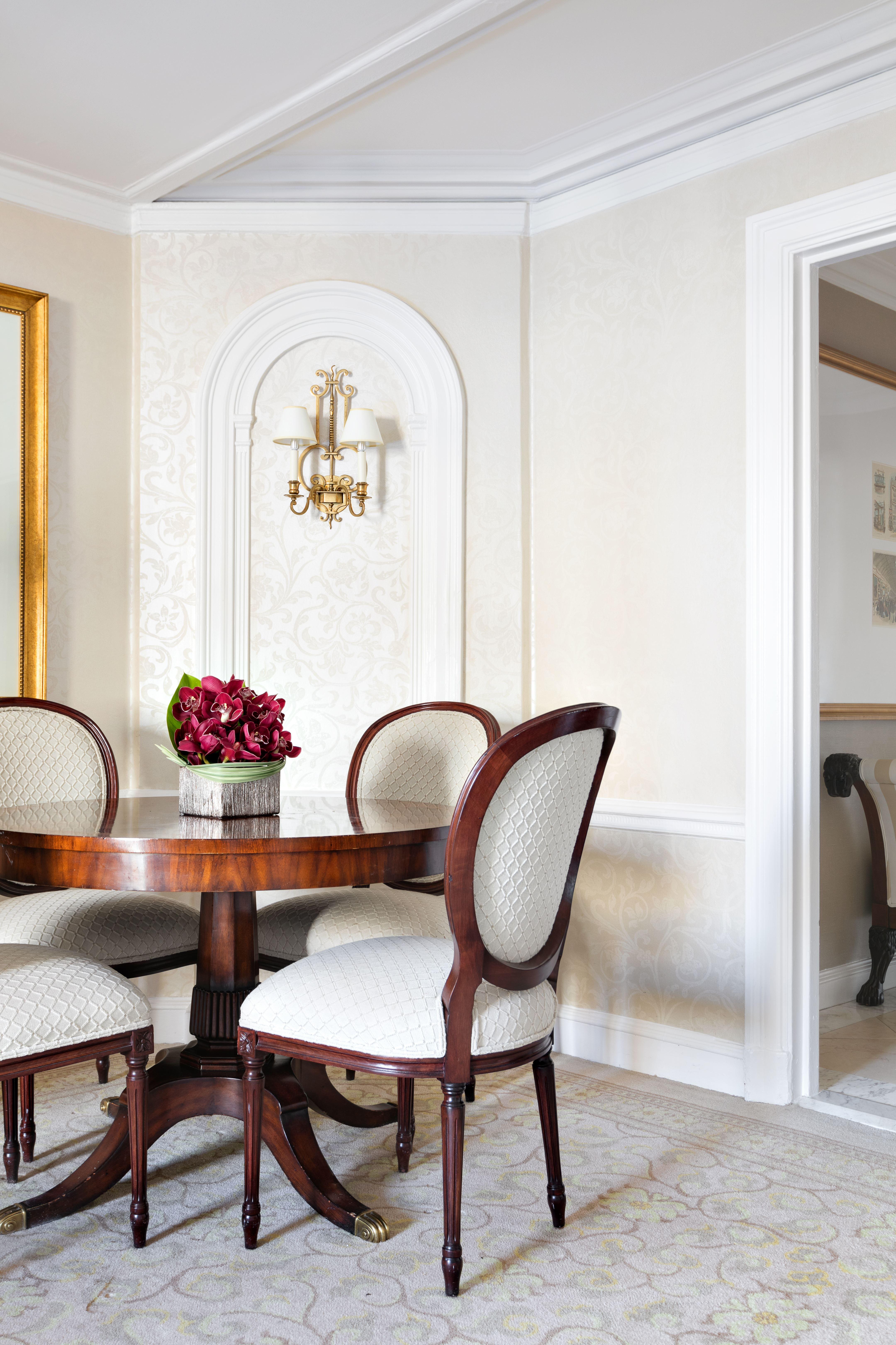 795 Fifth Avenue Interior Photo