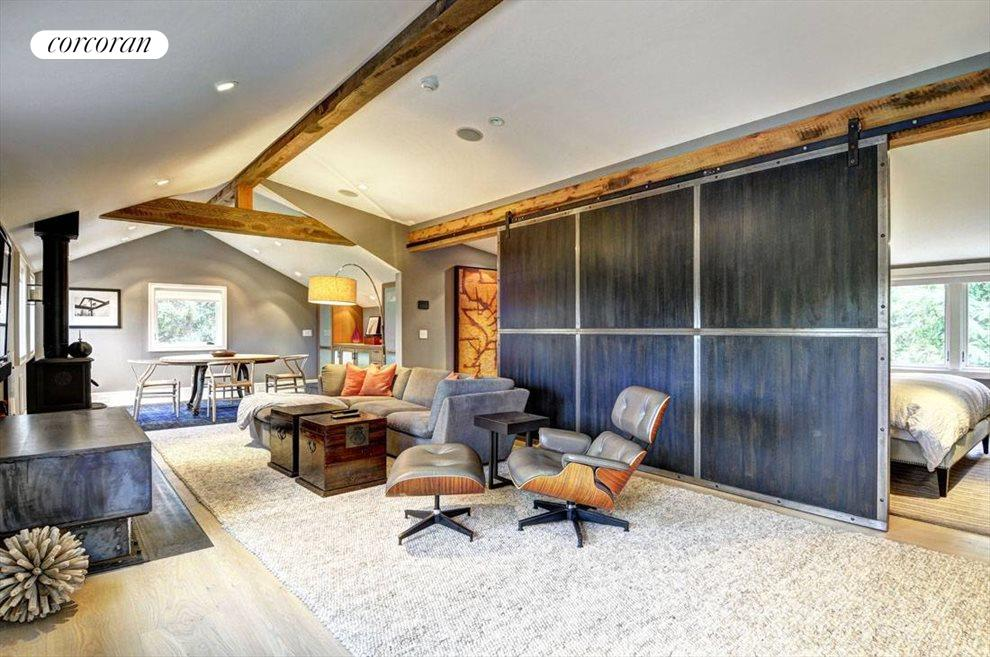 Private suite in the barn