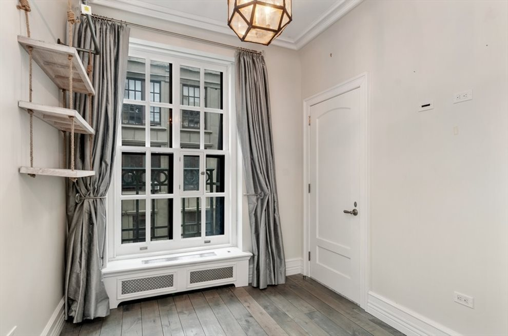 New York City Real Estate | View Broadway | room 5