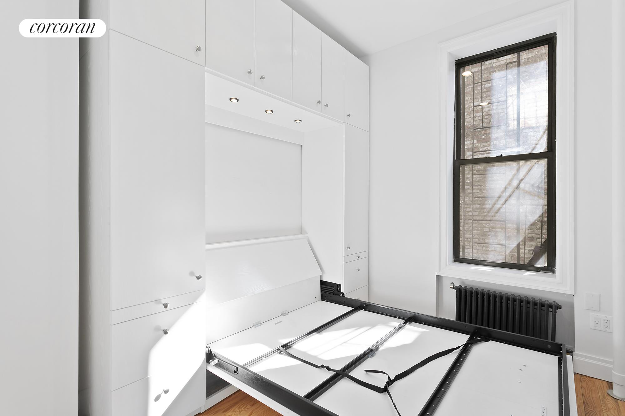 206 Ninth Avenue Interior Photo