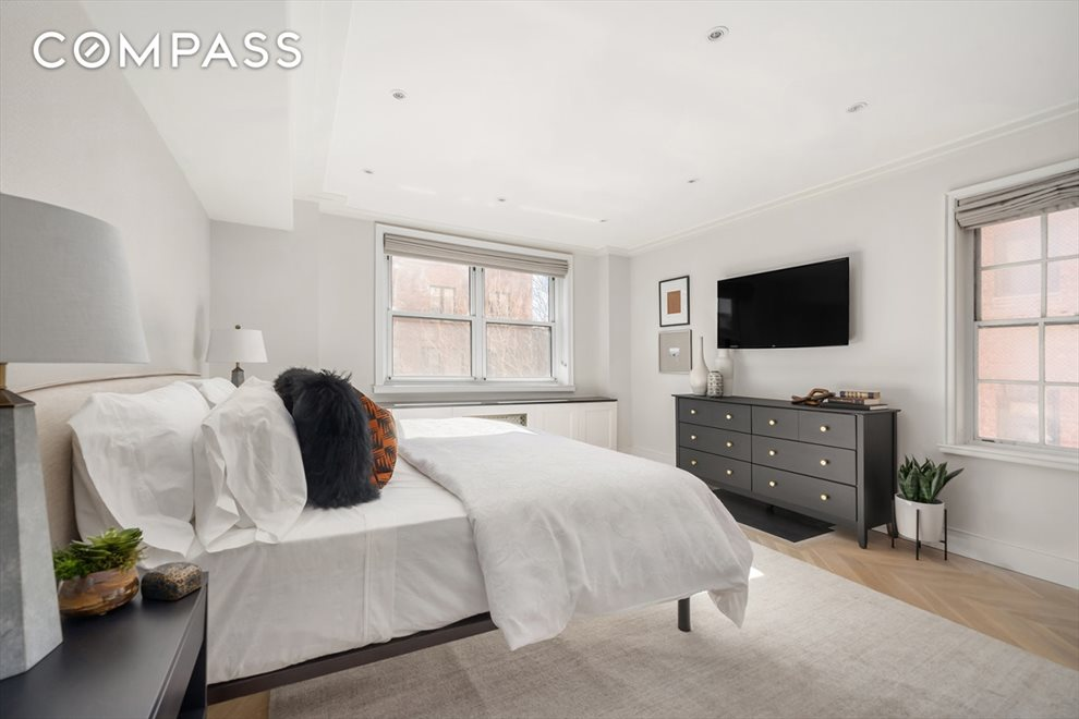 New York City Real Estate | View Horatio Street | room 17