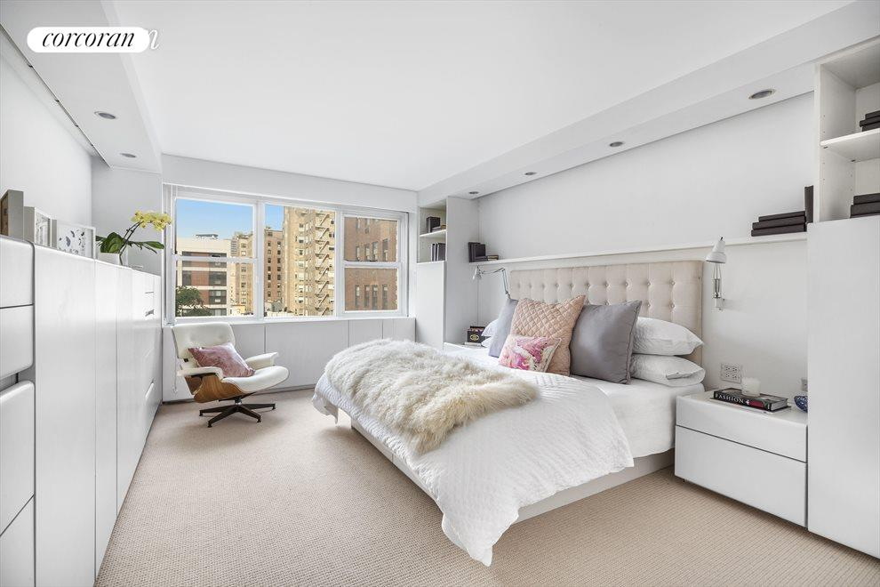 New York City Real Estate | View 45 East 72nd Street, #10 | room 3