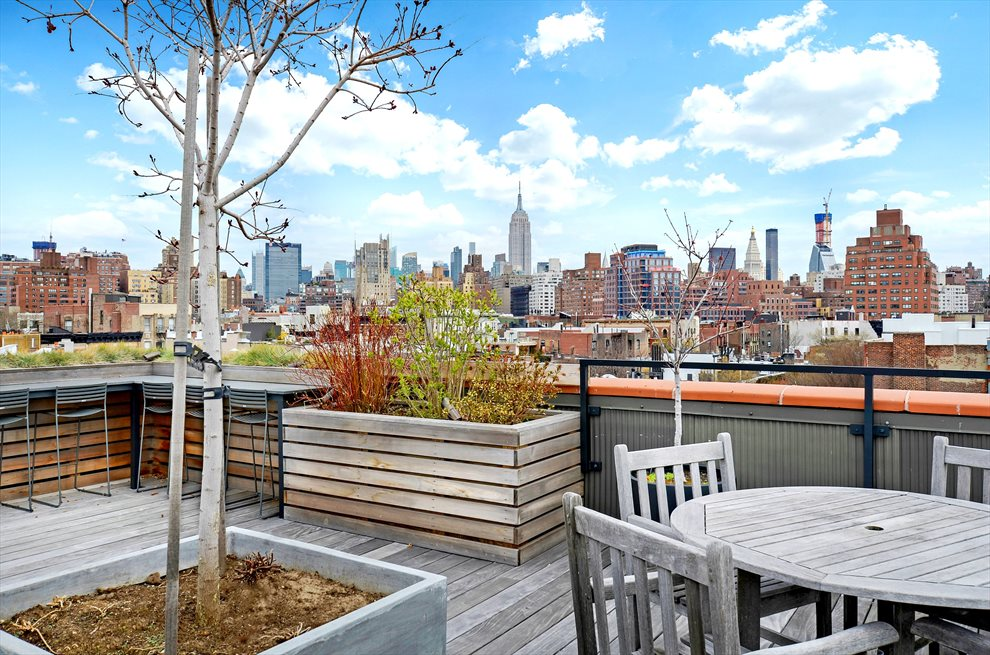 Gorgeous Roof Deck