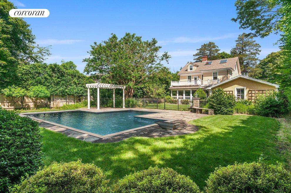 170 Meeting House Lane Southampton Ny 11968 Property For Sale