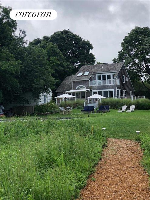 The Hamptons Real Estate | View Sag Harbor | room 3