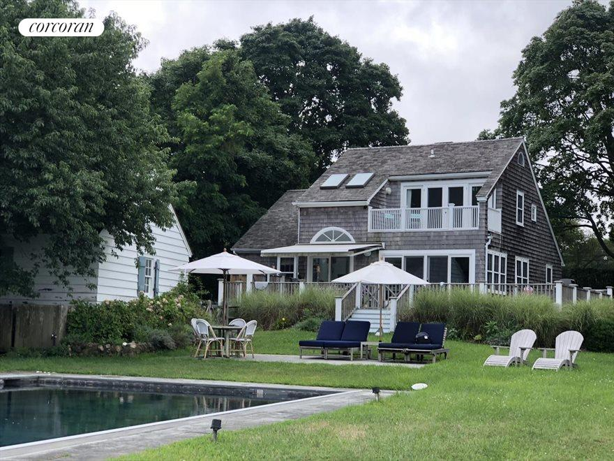 The Hamptons Real Estate | View Sag Harbor | room 4