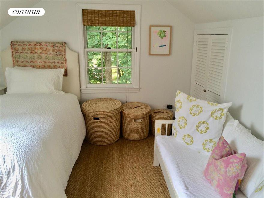 The Hamptons Real Estate | View Sag Harbor | room 10
