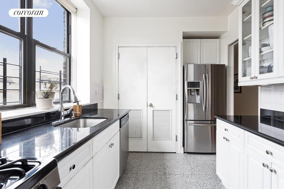 New York City Real Estate | View 100 West 119th Street, #6A | room 3