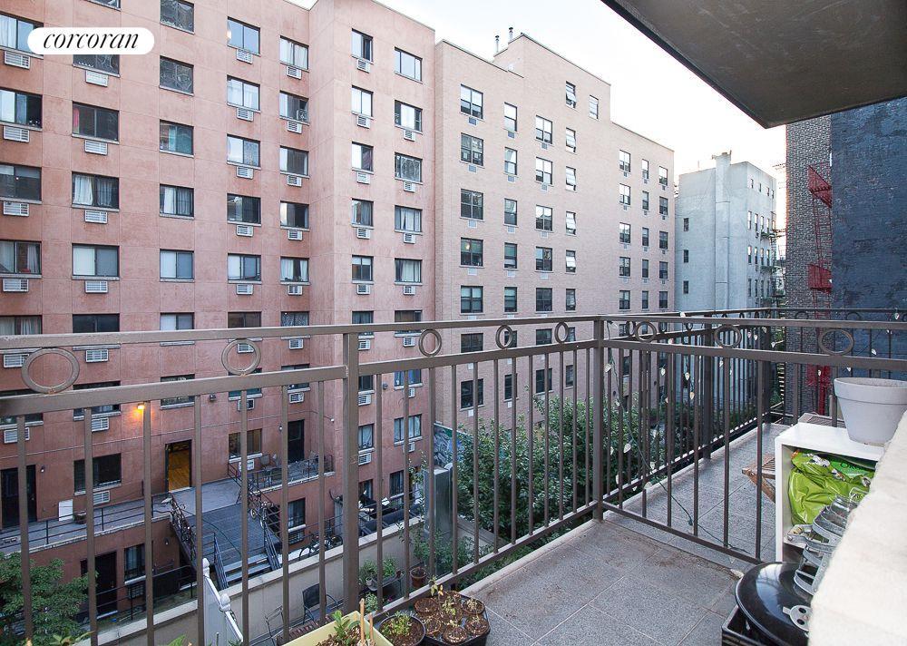 424 East 10th Street E. Greenwich Village New York NY 10009
