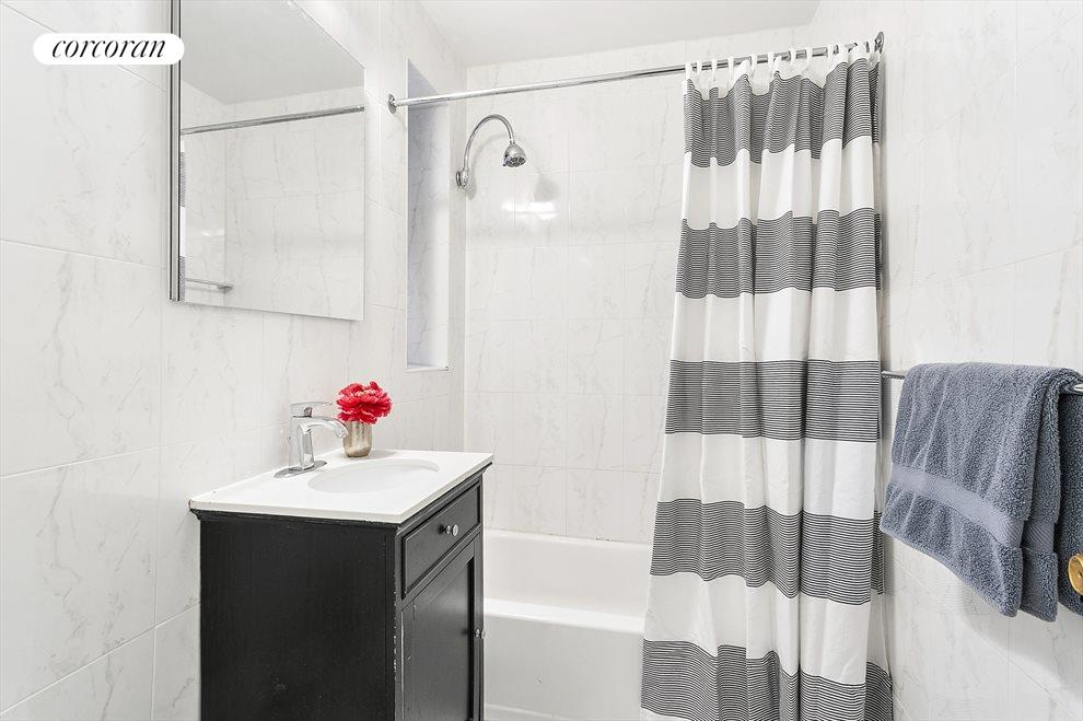 New York City Real Estate | View 330 East 70th Street, #3M | Windowed Bathroom