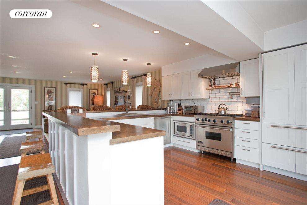 The Hamptons Real Estate | View Southampton | Kitchen