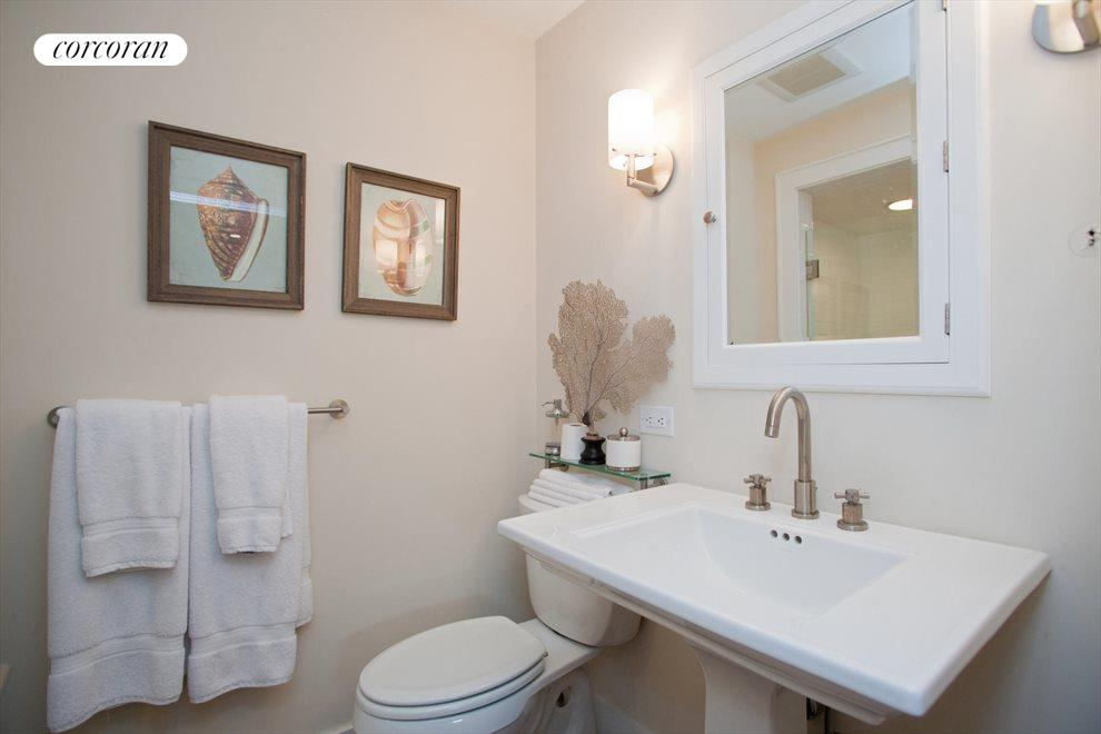 The Hamptons Real Estate | View Southampton | Bathroom