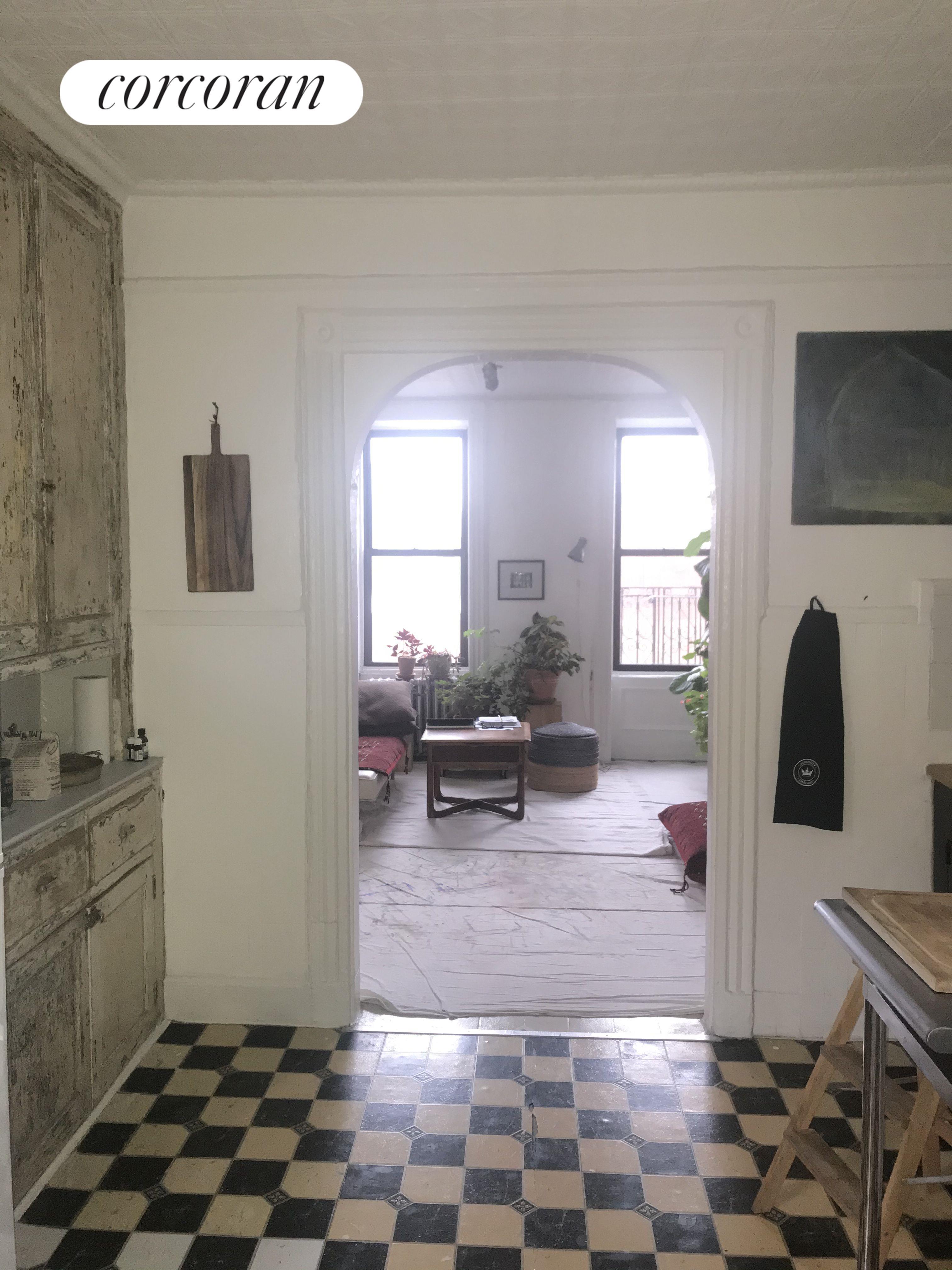 2108 Second Avenue Interior Photo