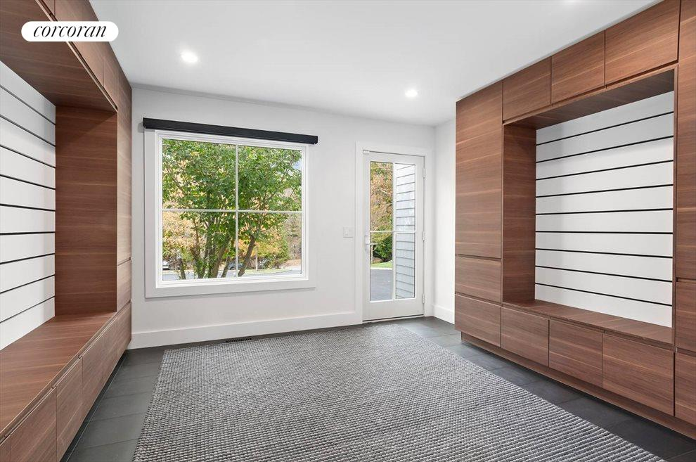 The Hamptons Real Estate | View 14 Atterbury Road | room 9