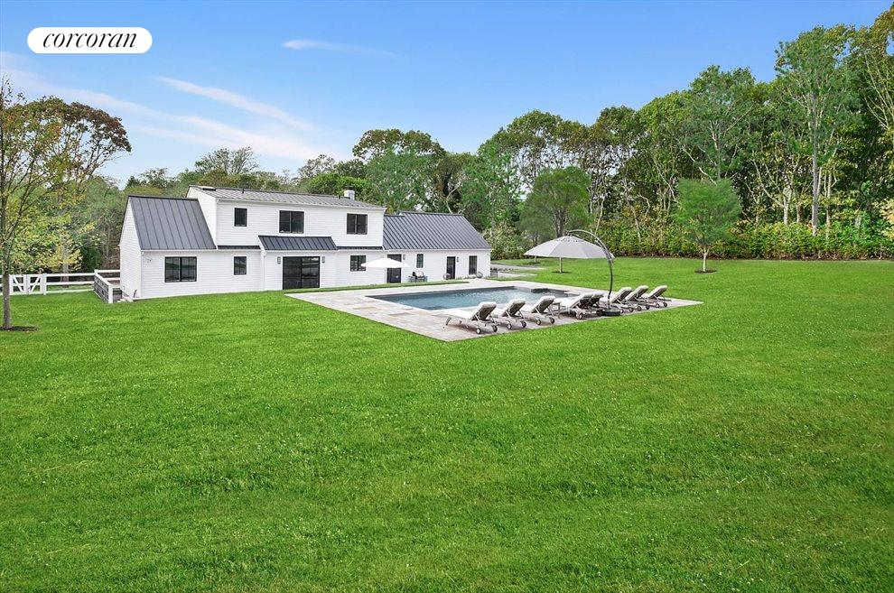 The Hamptons Real Estate | View 14 Atterbury Road | room 21