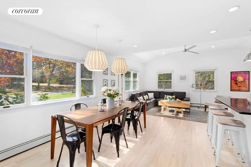 The Hamptons Real Estate | View 30 Rolling Hill Road | room 4