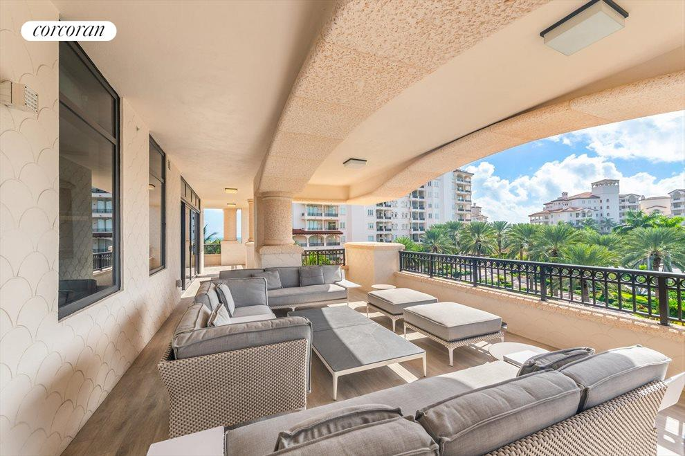 South Florida Real Estate | View 7046 Fisher Island Dr #7046 | room 19