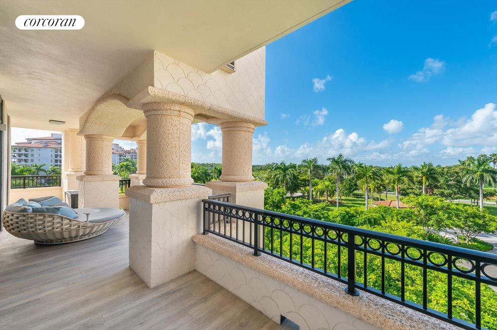 South Florida Real Estate | View 7046 Fisher Island Dr #7046 | room 21