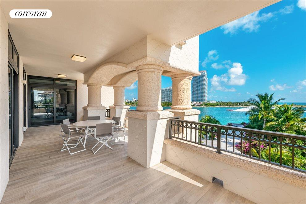 South Florida Real Estate | View 7046 Fisher Island Dr #7046 | room 22
