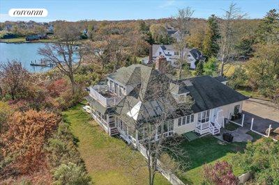 The Hamptons Real Estate | View 93 Moriches Avenue | 3 Beds, 3.5 Baths