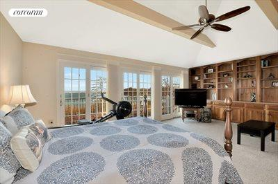 The Hamptons Real Estate | View 93 Moriches Avenue | room 16