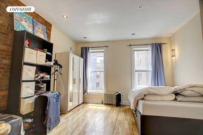 New York City Real Estate | View 130 West 73rd Street, #10 | 1 Bath