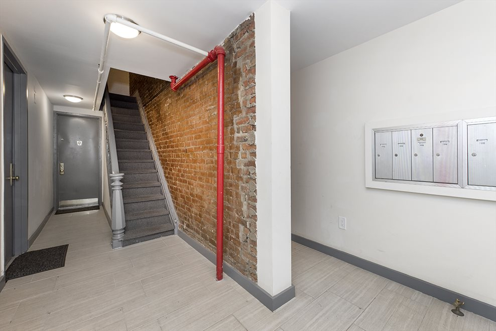New York City Real Estate | View 16-18 Charles Street, #1N | room 7