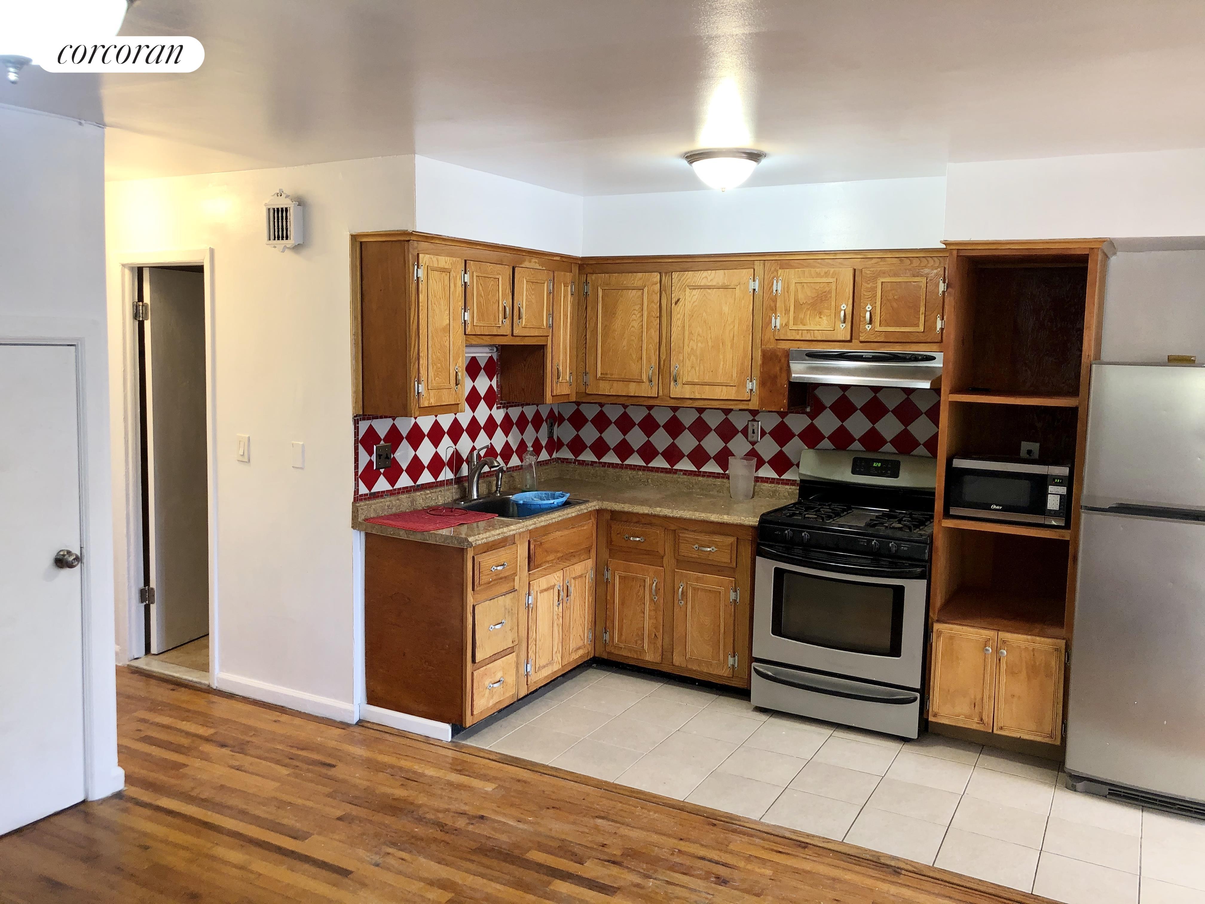 3943 Ely Avenue Wakefield Bronx NY 10466