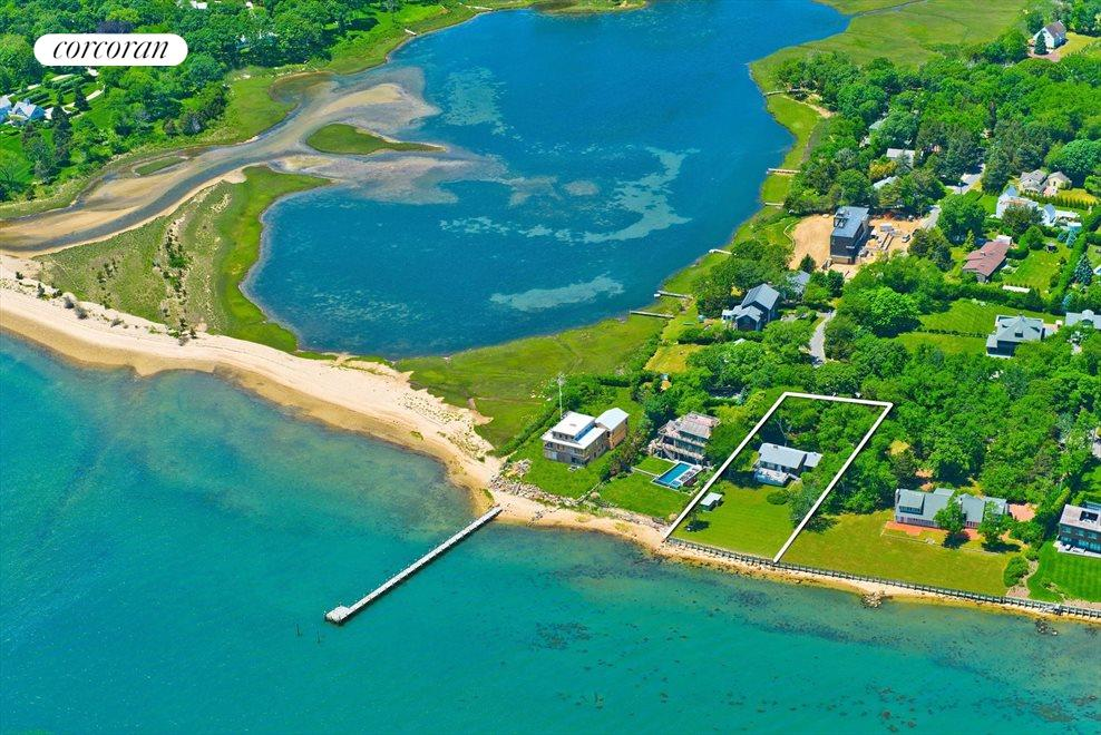 The Hamptons Real Estate | View 20 East Harbor Drive | room 1