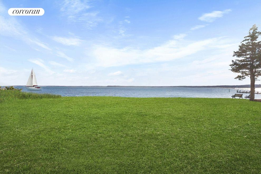 The Hamptons Real Estate | View 20 East Harbor Drive | room 4