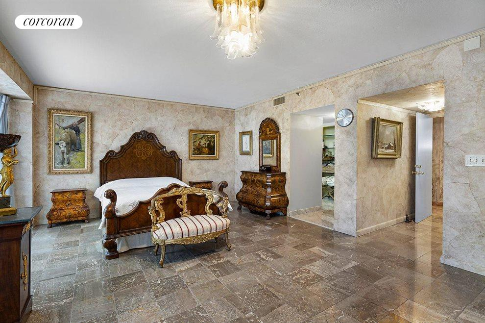 South Florida Real Estate | View 529 South Flagler Drive # Th3e | room 6