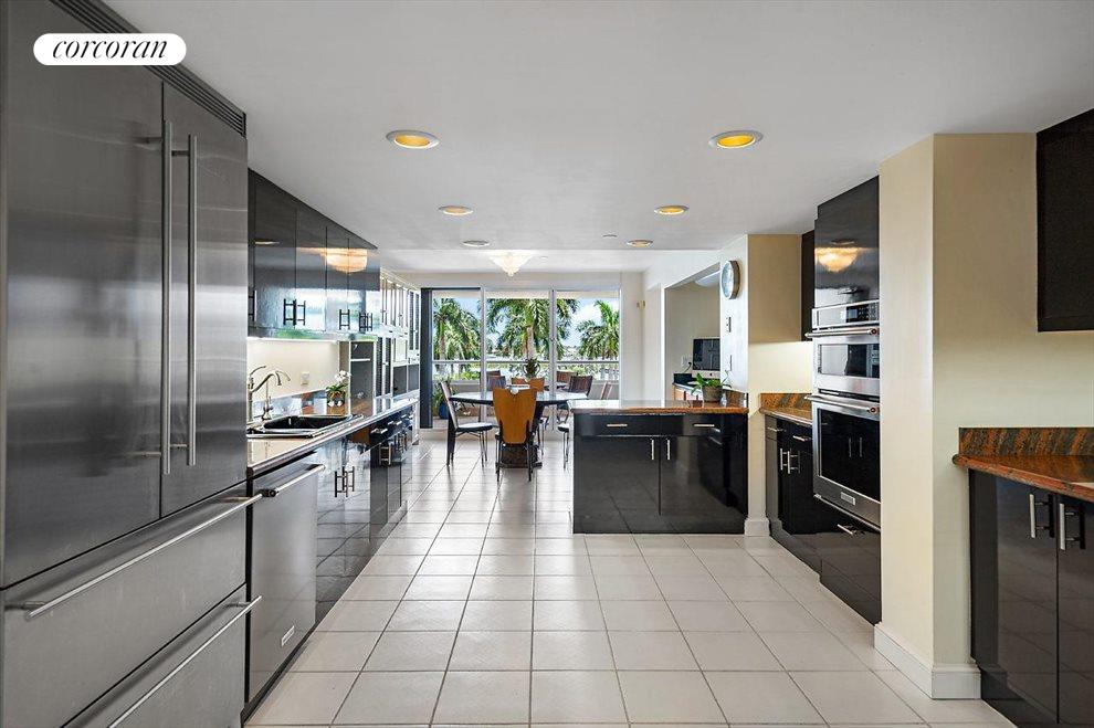 South Florida Real Estate | View 529 South Flagler Drive # Th3e | room 7