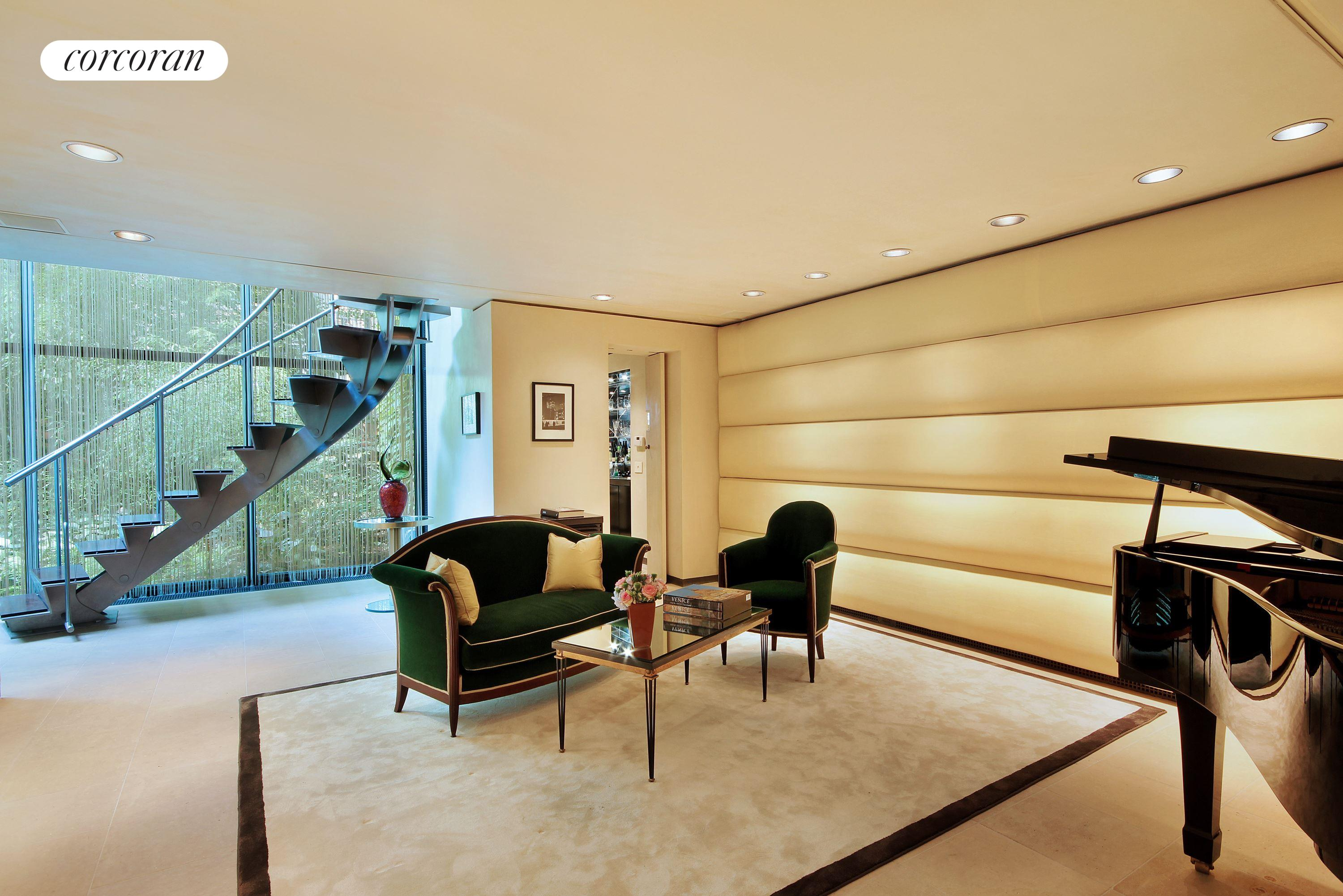 157 East 70th Street, Entry Hall