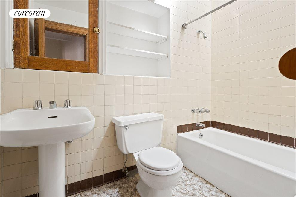 New York City Real Estate | View 263 West 90th Street | Floor-thru bathrroom