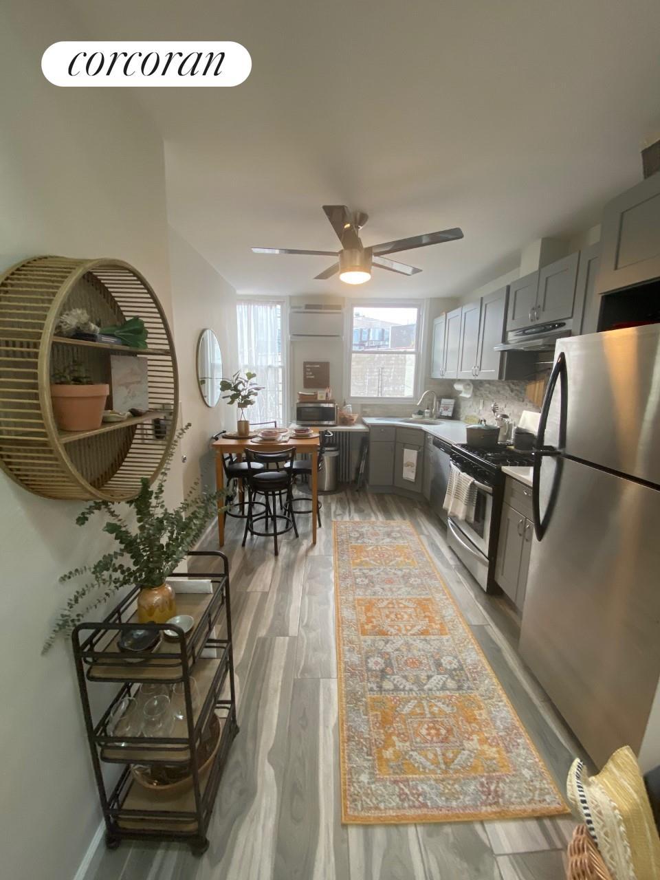 619 Union Avenue Interior Photo