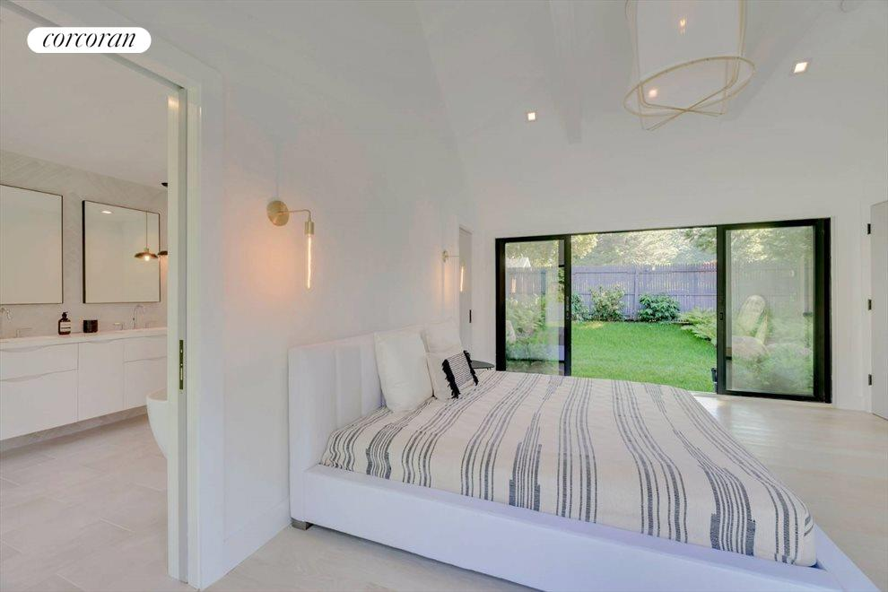 The Hamptons Real Estate | View 120 Accabonac Road | room 11
