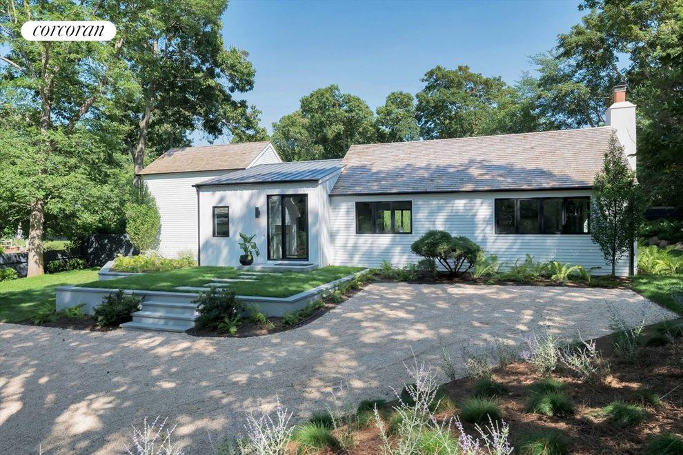 The Hamptons Real Estate | View 120 Accabonac Road | room 18