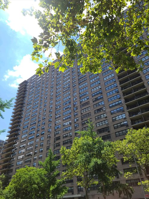 New York City Real Estate | View 165 West End Avenue, #26L | room 10