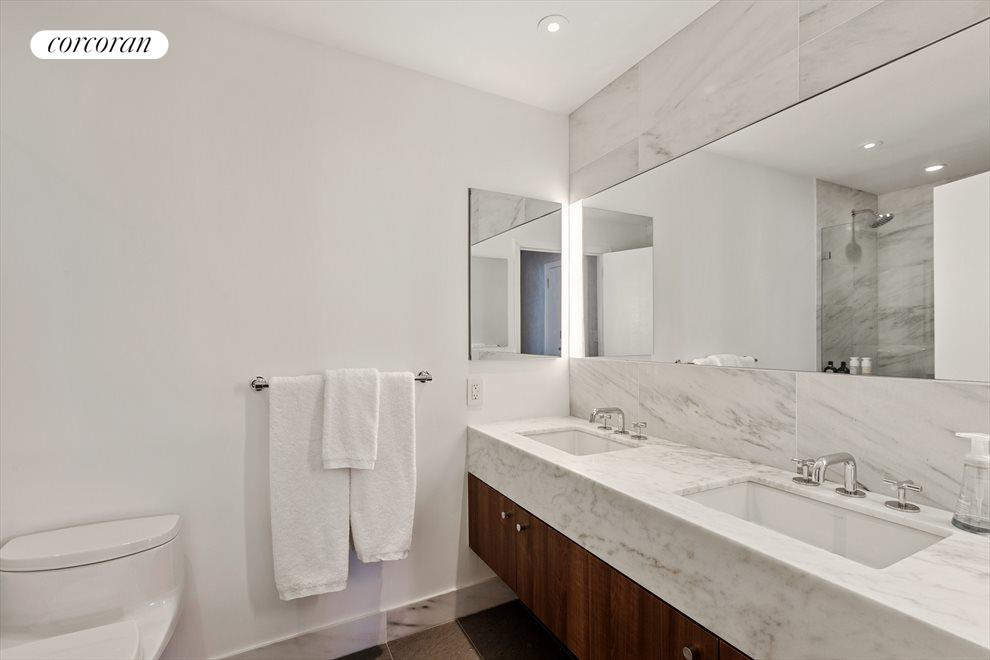 New York City Real Estate | View 200 East 62nd Street, #17B | room 8