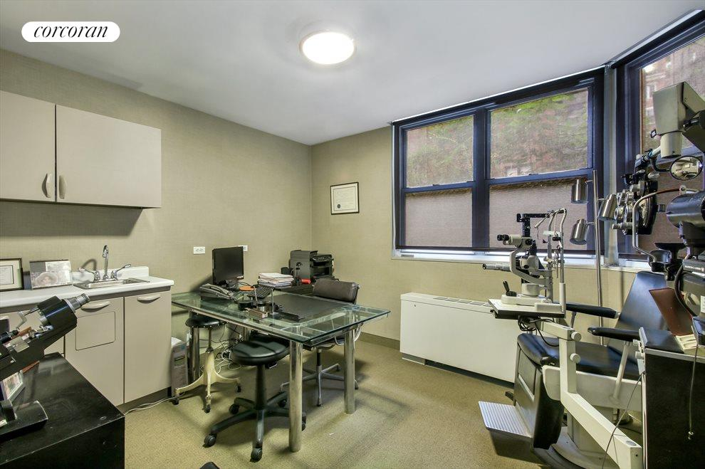 New York City Real Estate | View 114 East 72nd Street, #1D | Exam Room