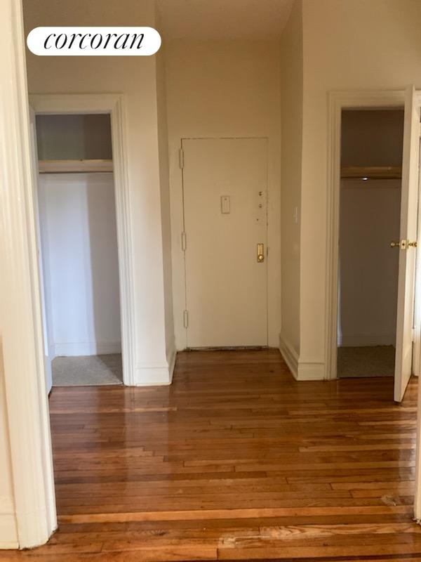 2330 Ocean Avenue Interior Photo