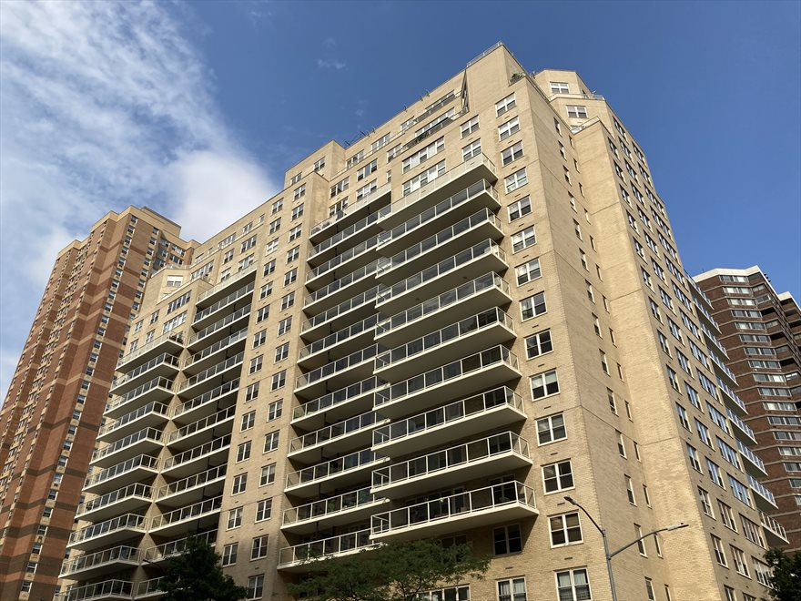 New York Towers Apartment Building | View 305 East 24th Street | Building Exterior (24th Street and 2nd Avenue)
