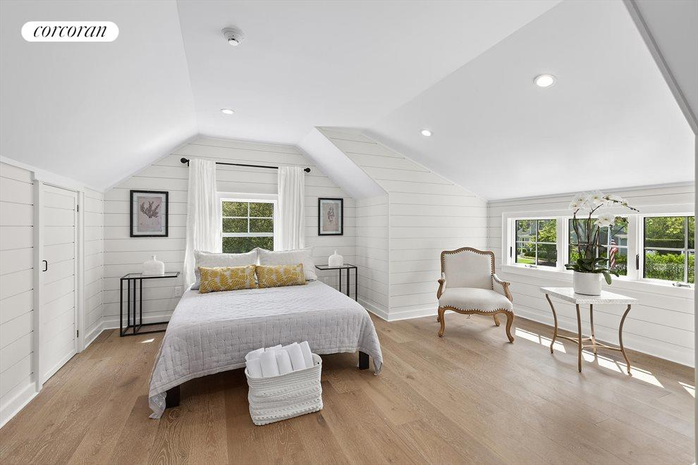 The Hamptons Real Estate | View 19 Newberry Lane | room 11