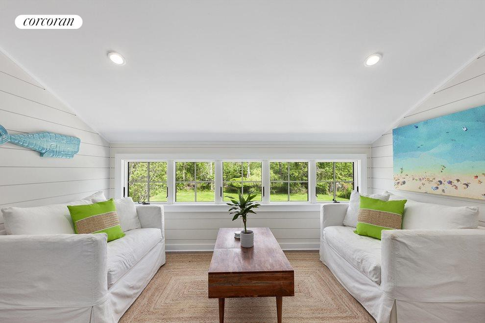 The Hamptons Real Estate | View 19 Newberry Lane | room 12