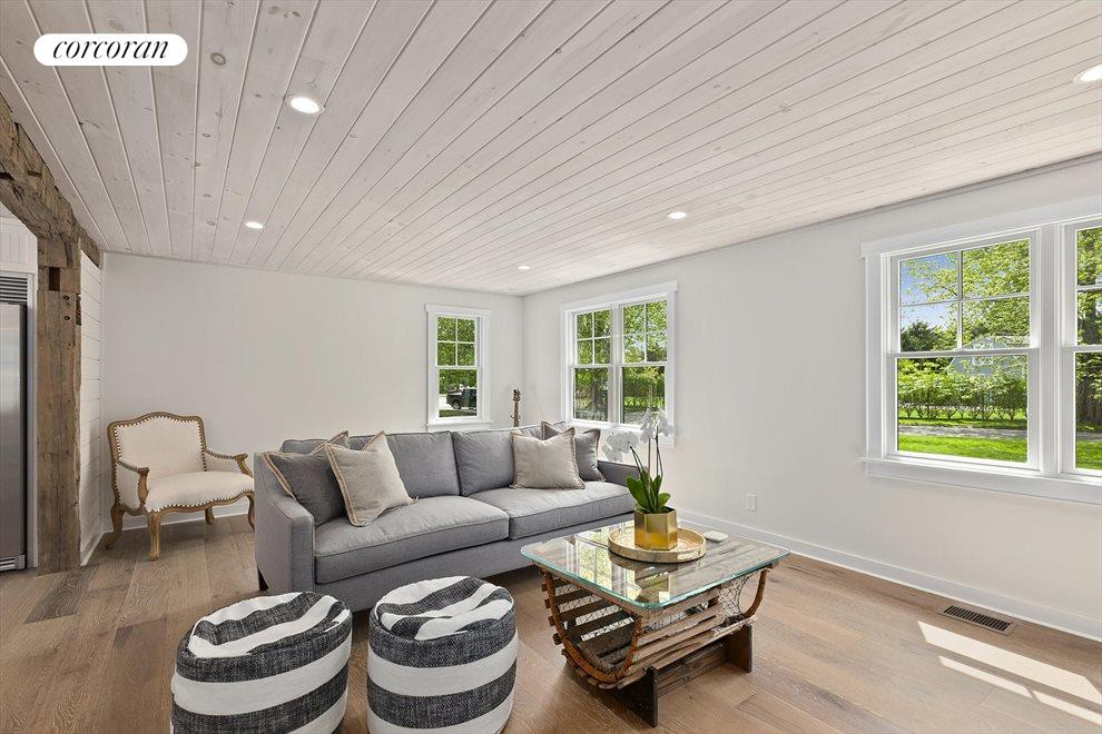 The Hamptons Real Estate | View 19 Newberry Lane | room 15