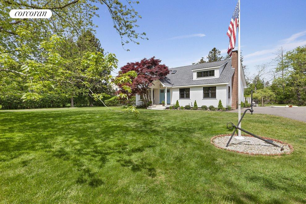 The Hamptons Real Estate | View 19 Newberry Lane | room 21