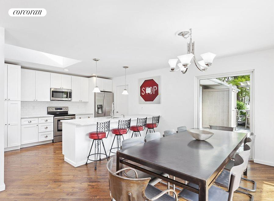 The Hamptons Real Estate | View 4 Honeysuckle Lane | New Kitchen