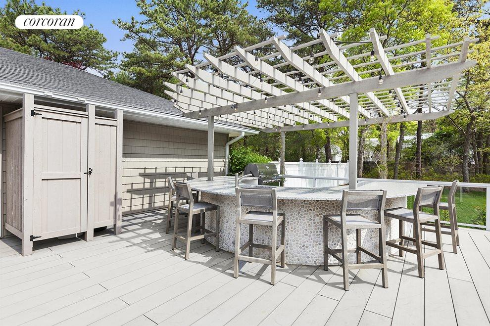 The Hamptons Real Estate | View 4 Honeysuckle Lane | New Outdoor Kitchen